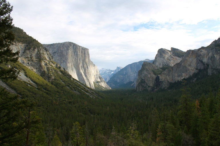 """Tunnel view"" of Yosemite Valley."