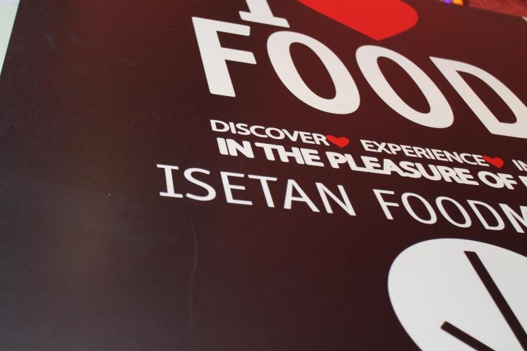 "I ""heart"" food sign in Kuala Lumpur"