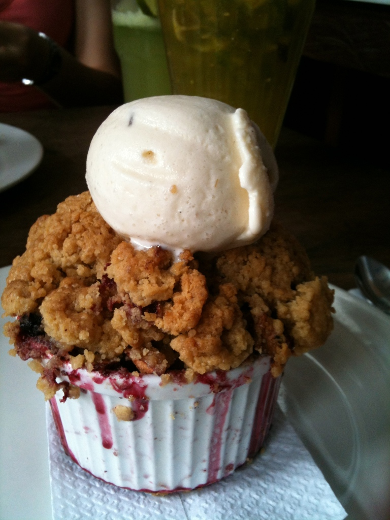 Abasto's crumble with home made ice cream.