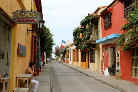 The lane where El Boliche cevicheria is located.