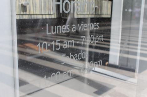 Speaking of time, I walked past this shop with very specific opening times.