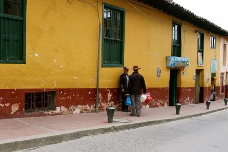 A chat in Guasca.