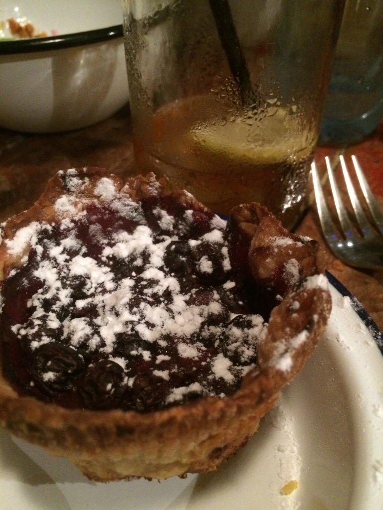 Blueberry pie, single portion.